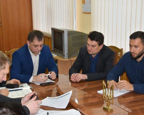 Юрій Оханський провів засідання робочої групи з питань боротьби з незаконним обігом нафтопродуктів