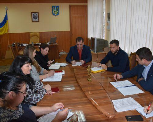 Голова РДА провів чергове засідання робочої групи з питань боротьби з незаконним обігом пального
