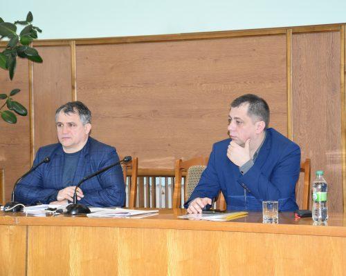 Голова райдержадміністрації взяв участь у засіданні позачергової сесії районної ради