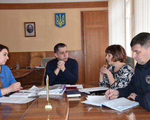 Голова райдержадміністрації провів оперативну нараду щодо реагування на погіршення погодних умов