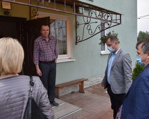 Юрій Оханський відвідав дітей-сиріт та дітей, позбавлених батьківського піклування