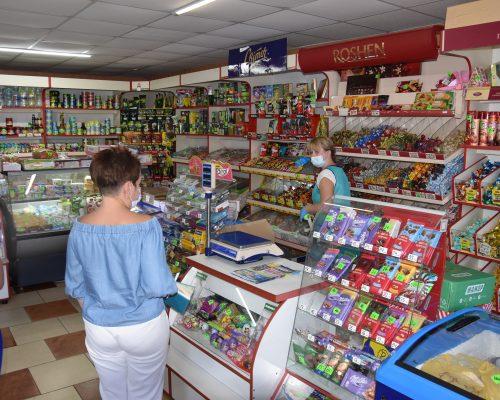 Перевірено роботу магазинів і кафе на Новоград-Волинському напрямку