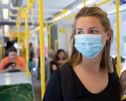 Як уберегтися від інфікування COVID-19 у громадському транспорті