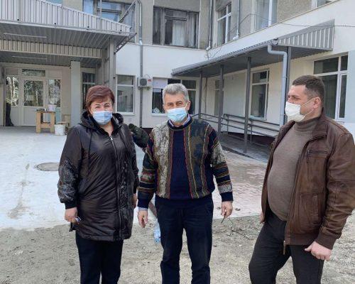 Керівництво райдержадміністрації ознайомилося зі станом справ у КНП «Житомирська багатопрофільна опорна лікарня»