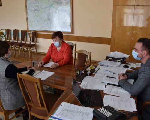 Юрій Денисовець провів зустріч з начальником служби у справах дітей облдержадміністрації Наталією Пилипчук