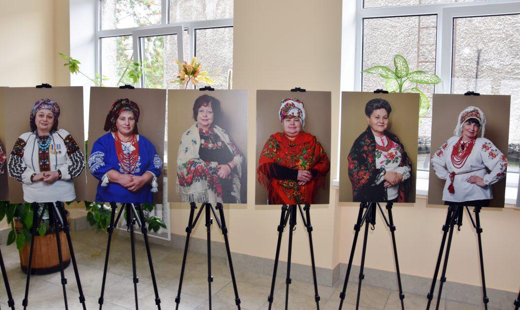 «Ми. Мами. Сильні» –  виставка-пам'ять про наших загиблих героїв