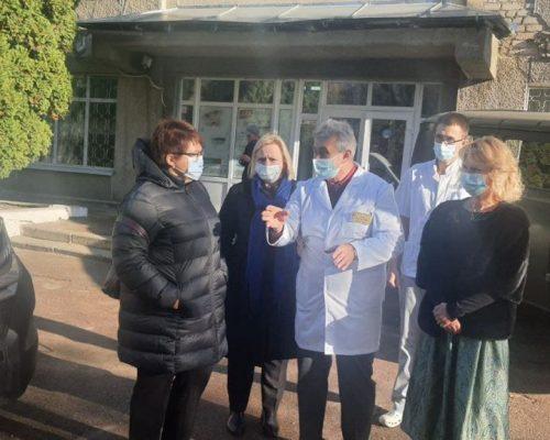 Під час робочої поїздки заступниця Міністра охорони здоров'я Ірина Микичак оглянула об'єкти «Великого будівництва» на Житомирщині