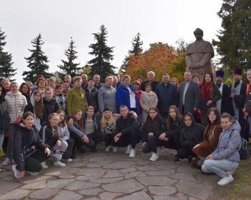 Урочистий мітинг та покладання квітів з нагоди святкування Дня захисника України та Дня українського козацтва